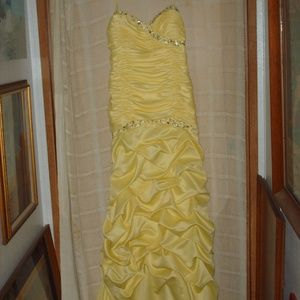 City Triangles prom, formal evening dress - yellow